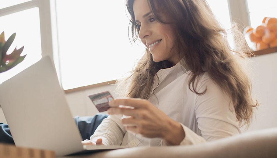 997a1723bd69 La mujer en el ecommerce en España — 2mcgroup